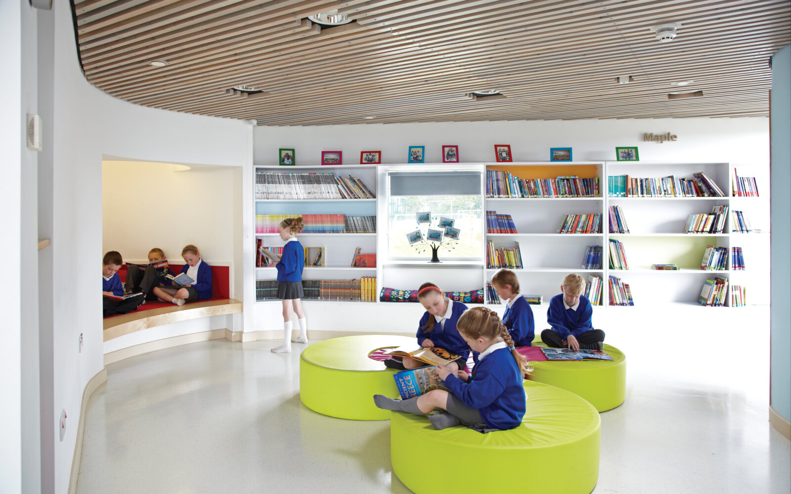Jesmond Gardens Primary School library