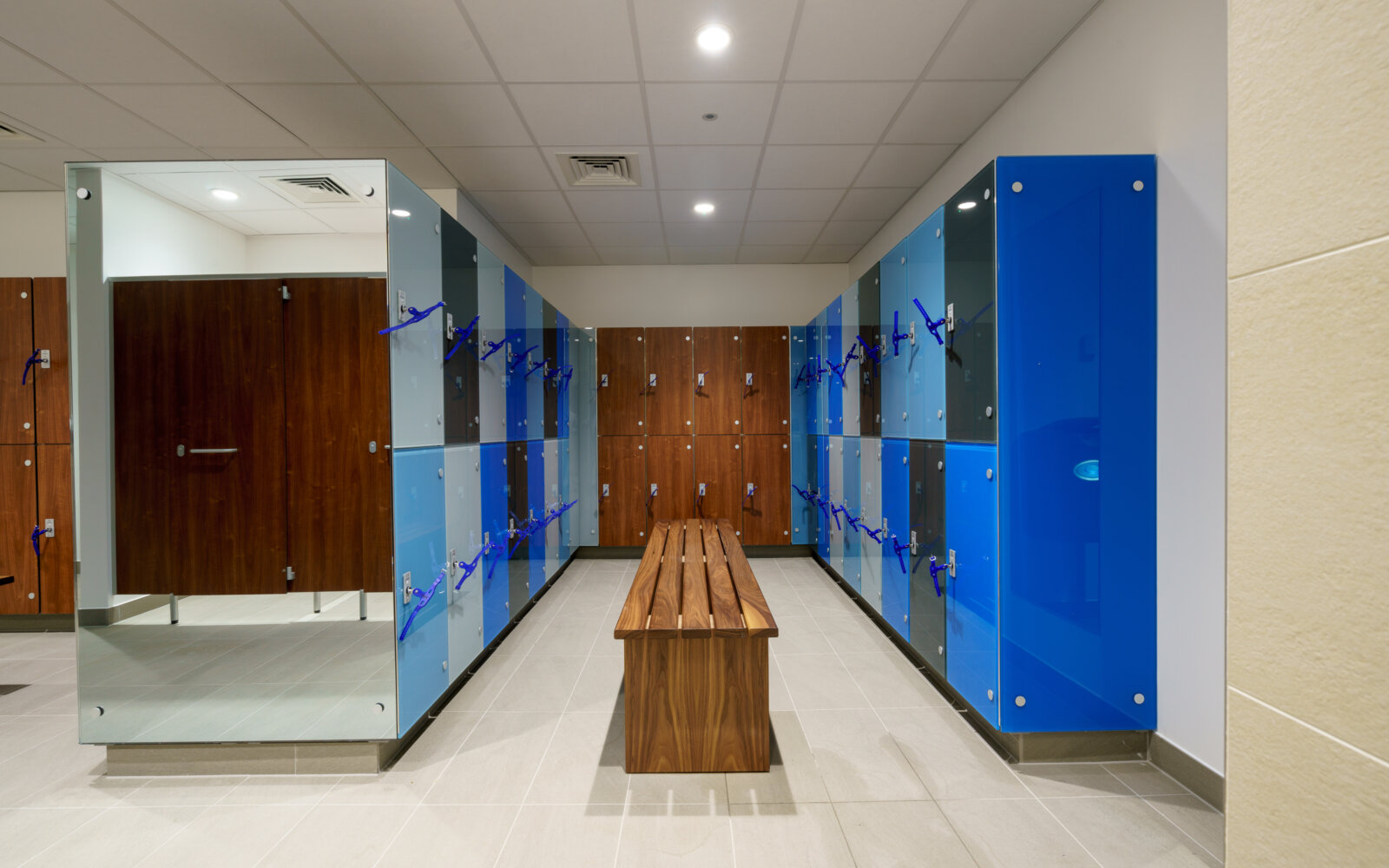 Phyllis Court Fitness Centre changing room